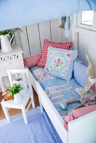 However, you'll want it to be safe as well as beautiful. There are a few things you should know before you build a playhouse for kids. Playhouse Decor, Playhouse Interior, Build A Playhouse, Playhouse Ideas, Kids Cubby Houses, Kids Cubbies, Play Houses, Casa Wendy, Wendy House