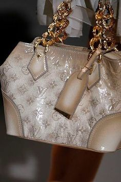 Order for replica handbag and replica Louis Vuitton shoes of most luxurious designers. Sellers of replica Louis Vuitton belts, replica Louis Vuitton bags, Store for replica Louis Vuitton hats. Louis Vuitton Taschen, Louis Vuitton Online, Louis Vuitton Handbags, Purses And Handbags, Leather Handbags, Prada Purses, Chloe Handbags, Coach Handbags, Tote Handbags