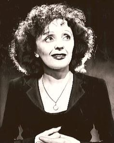 Hoy el día es para ella...  50 Años sin EDITH PIAF.  Os dejamos el vídeo homenaje que le hemos hecho!