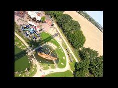 Hansa Park Kettenkarussell - Fahrt mit dem Riesen-Kettenraussell in rund 70 Meter Höhe mit einem Top-Ausblick auf den gesamten Freizeitpark und die Ostsee. Das Kettenkarussell ist eine der Top-Attraktionen im Hansa Park in Sierksdorf in Schleswig-Holstein.