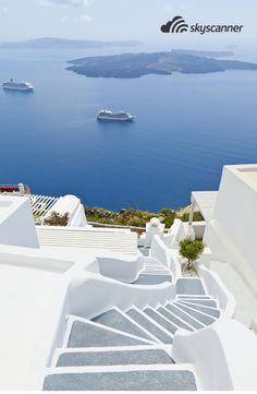 Famosas construções brancas de Santorini, Grécia.