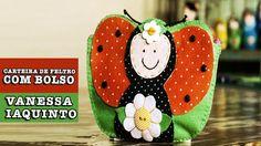 16/12/2014  Carteira de feltro com bolso (Vanessa Iaquinto)