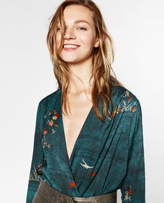 SCQP Floral Printed Deep V Neck Bodysuit Woman Fashion Ladies Long Sleeve Rompers Womens Jumpsuit Casual Overalls For Women Moda Madrid, All Fashion, Womens Fashion, Nouveau Look, Leopard Print Top, How To Pose, Striped Crop Top, Long Sleeve Romper, Zara Women