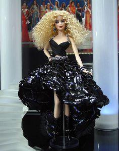 So Rock. Ninimomo Miss Czech Republic ooak barbie