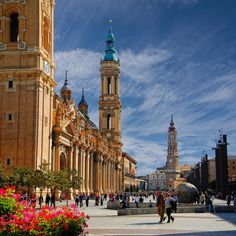 Сарагоса Zaragoza, Spain http://www.lonelyplanet.com/spain/aragon-basque-country-and-navarra/zaragoza