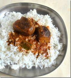 Delicious Ennai kathirikai kuzhambu - Tamilnadu style :)