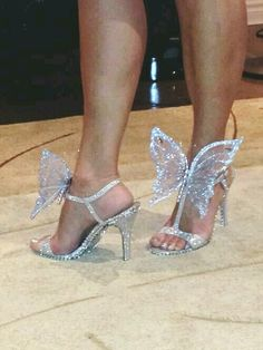 Butterfly Bling Bling.....and they didn't last long either....oh well c'est la vie!