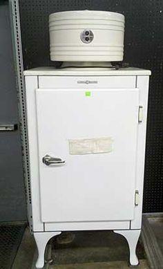 1930 S Ge Monitor Top Refrigerator Great Retro Amp Vintage