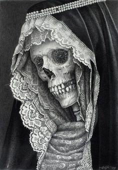 Lace & Skulls #lace #gothic