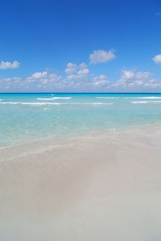 Varadero - Cuba by Giuseppe Finocchiaro, via Flickr 20 takes off #airbnb…