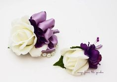 White Lavender Purple Rose Wedding Boutonniere Wedding Corsage with Pearls Plum Purple Ribbon Mother Father Flowers Prom Corsage
