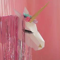 Trophée licorne en papier #licorne #unicorn #trophee #party #sweettable…