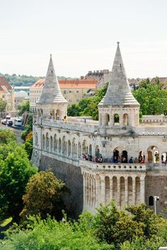 Take a city trip to wonderful Budapest! Discover the most beautiful tourist attractions by bus and on a guided walk through the historic centre. Day Trips From Vienna, Capital Of Hungary, Budapest, Tours, City, Cities