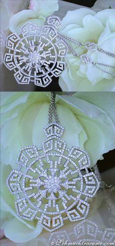 Terrific Diamond Necklace, 4,11 ct. G-SI1 WG18K - Visit: schmucktraeume.com - Mail: info@schmucktraeume.com