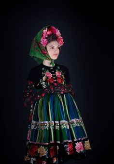 Slavic Folklore & World Dreaming added 127 new photos to the album: Couture Fashion Folk 2 — with Joelle Tivollier and Milena Tomičić Sobolewska. Folk Fashion, Ethnic Fashion, High Fashion, Couture Fashion, Folklore, Mode Russe, Ethno Style, Russian Folk, Russian Style