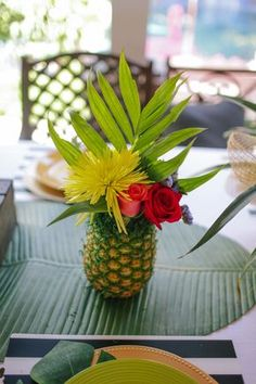 Pineapple flower arrangements are all the rage!