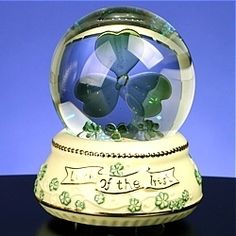 Irish Shamrock Light Up Musical Snow Globe