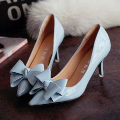 ribbon kitten heels for the trendy fashionista - Lovely ribbon at front - Comfortable breathable upper - Made from PU - cm heel height - Available in 3 colors Blue Wedding Shoes, Bridal Shoes, Wedding Heels, Wedding Boots, Pretty Shoes, Beautiful Shoes, Stilettos, High Heels, Kitten Heels