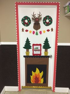 Christmas Mantle Bulletin Board plus 7 more Christmas bulletin board ideas! | Rediscovering Yesterday