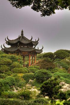 China Travel Inspiration - 牡丹亭 The Peony Pavilion, HangZhou, China Pagoda Temple, Secret Garden Book, China Garden, Moon Garden, Suzhou, Chinese Architecture, Hangzhou, Ancient China, China Travel