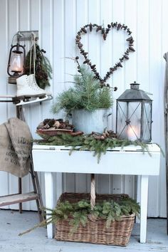 Christmas, Christmas Decorations, Christmas Decorations, Advent / Christmas, Christmas Home Decorations – Inspiration Christmas Porch, Noel Christmas, Scandinavian Christmas, Country Christmas, Outdoor Christmas, All Things Christmas, Winter Christmas, Vintage Christmas, Christmas Crafts