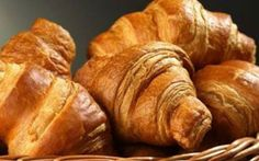 Julia Child Croissant Recipe There is nothing better than a freshly baked croissant with real butter! French Croissant, Butter Croissant, Clay Food, Mindful Eating, French Pastries, French Bakery, Mini Foods, Miniature Food, Love Food