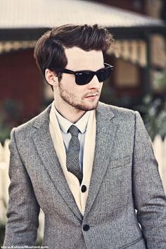 herringbone blazer men style sunglasses ray ban fashion tie Stylish sunglasses for men