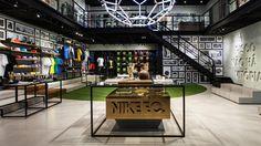 Pop-Up store na vila madalena golf stores, pop up stores, loja nike, retail Shop Interior Design, Retail Design, Store Design, Pop Up Stores, Golf Stores, Outfit Instagram, Nike Store, Retail Interior, Shop Front Design