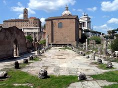 Photograph of modern ruins of the Basilica Aemilia in the foreground and the Curia or senatehouse just beyond it. Roman Forum, Roman Architecture, Ancient Romans, Roman Empire, Rome, Italy, Modern, Photograph, Antique