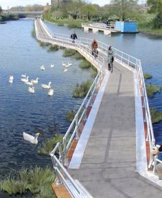 Floating Bike Path Is One Response To Rising Waters : TreeHugger