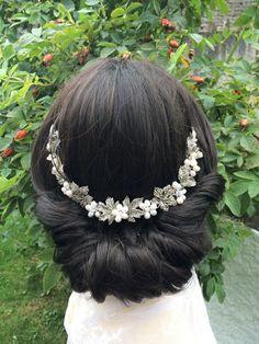 Vintage Braut Haar Rebe von CamillaCarrington auf Etsy