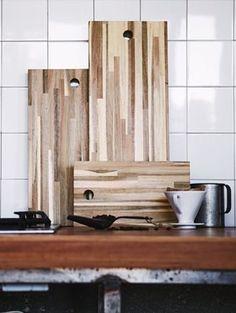 IKEA Deutschland | SKOGSTA Schneidebrett aus Massivholz, einem robusten Naturmaterial, das die Messerklingen schont. #Schneidebrett #Brett #Holzbrett