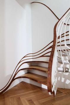 Wohnung Innenausbau-Holzboden Parkett Treppe Design