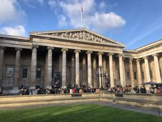 Top 10 Things to See or Do in London British Museum, Merida, Digimon, Art Gallery, Louvre, England, London, Mansions, House Styles