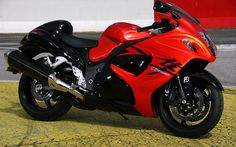 Amazing Suzuki Hayabusa HD Wallpaper