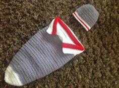 Crochet, ensemble cocon pour bébé, bas de laine. $35.00