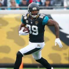 Jaguars' Marcedes Lewis agrees to restructure final year of contract