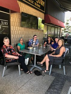Kiwi, Conference Room, Table, Furniture, Home Decor, Homemade Home Decor, Meeting Rooms, Mesas, Home Furnishings