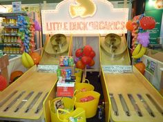 Best Trade Show Booth from Expo East 2012 – Little Duck Organics on http://livingmaxwell.com