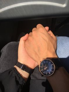 Hand Pictures, Cute Couple Pictures, Black Couples Goals, Cute Couples, Holding Hands Pics, Indie Drawings, Love Quotes For Wedding, Cute Couple Selfies, Beach Photography Poses