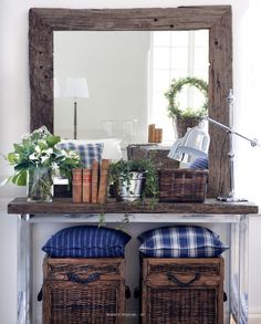 great mix of dark, white and indigo Coastal Style, Coastal Decor, Sweet Home, Home Decoracion, Cool Ideas, Home Living, Living Room, Tiny Living, Wood Texture