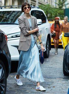 ideas for sport chic summer minimal classic Best Street Style, Looks Street Style, Looks Style, Style Me, Nyfw Style, Mode Blake Lively, Blazer Fashion, Fashion Outfits, Womens Fashion