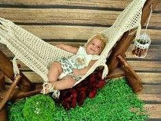 Rede de croche com varanda - 2 a 4 meses Newborn Crochet, Bassinet, 1, Home Decor, Crochet Hammock, Terrace, Towels, Ropes, Hand Crafts