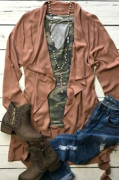 """outfits Looking for the comfiest trench of all time? Our ''Just Hold On'' Jacket is too cute! This jacket is perfect for FALL & layering! True to size, belt detail """"Just Hold On"""" Jacket (MAUVE) - Winter Outfits Women, Fall Outfits, Casual Outfits, Cute Outfits, Rustic Outfits, Winter Dresses, Casual Dresses, Camo Shirt Outfit, Stitch Fix Outfits"""