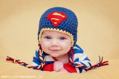 Also this is a cute pose for baby pictures Crochet Bebe, Crochet Baby Hats, Crochet For Kids, Knit Crochet, Superman Baby, Cute Hats, Kids Hats, Baby Pictures, Baby Boys