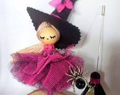 Brooch doll /Doll brooch/Broche de muñeca/Broche poupee/ Witch doll