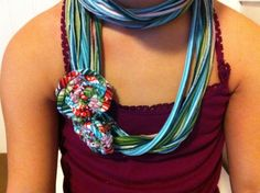 An easy tutorial on how to make a fringe scarf and a tubular scarf out of an old t- shirt - no sewing required! Description from cuwagyzivaf.prv.pl. I searched for this on bing.com/images