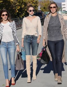 """myqueengigi: """" Shiva safai, gigi hadid and alana hadid out for lunch in beverly hills on november 17 """" Alana Hadid, Bella Hadid, Spring Summer Fashion, Winter Fashion, Spring Break, Gigi Hadid Pictures, Royal Blue Outfits, Sexy Jeans, Fashion Boots"""