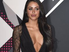 @InstaMag - One Direction singer Niall Horan has been exchanging messages with reality TV star Marnie Simpson.