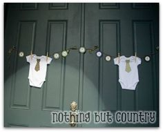 Baby Boy Shower Ideas! Mustache parties are a hot trend! Cute baby shower ideas!